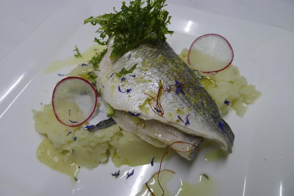 JetDine Menu sf2 - Sea Bass Gourmet