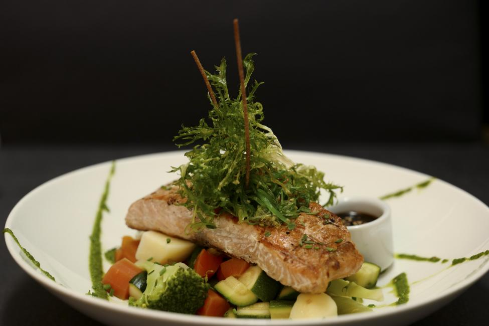 JetDine Menu sf4 - Grilled Salmon Fillet
