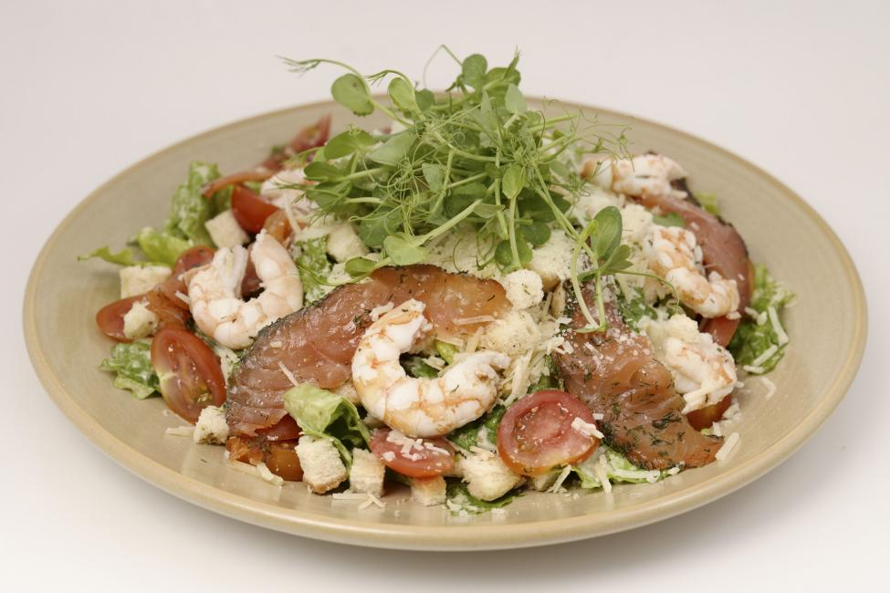 JetDine Menu S2 - Ceasar's Mare with Scottish Smoked Salmon and Prawns